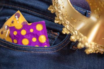 Prevenção: 6 tipos de ISTs para ficar de olho no Carnaval e o ano inteiro
