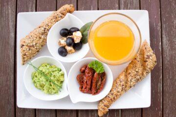 """Café da manhã é """"cringe""""? De acordo com a Geração Z é sim"""